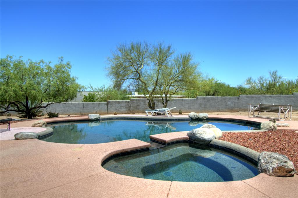 Salt Water And Conventional Pools Tucson Real Estate News