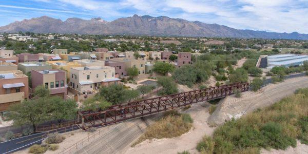 Tucson's – The Loop